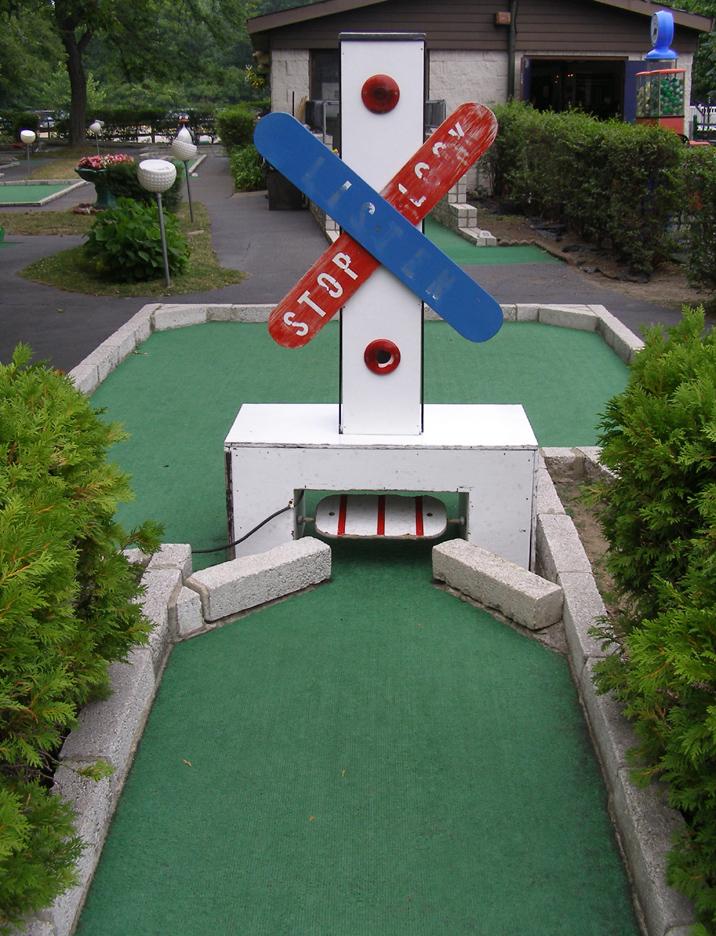 Ohio Mini Golf | RoadsideArchitecture.com