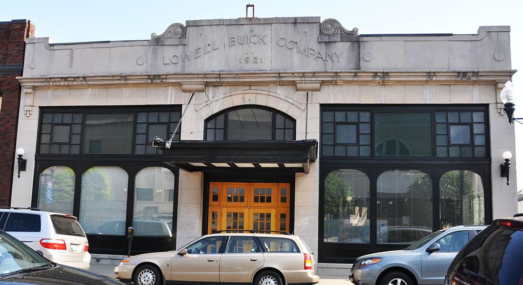 Car Dealerships Springfield Ma >> Massachusetts Car Showrooms & Dealerships | RoadsideArchitecture.com