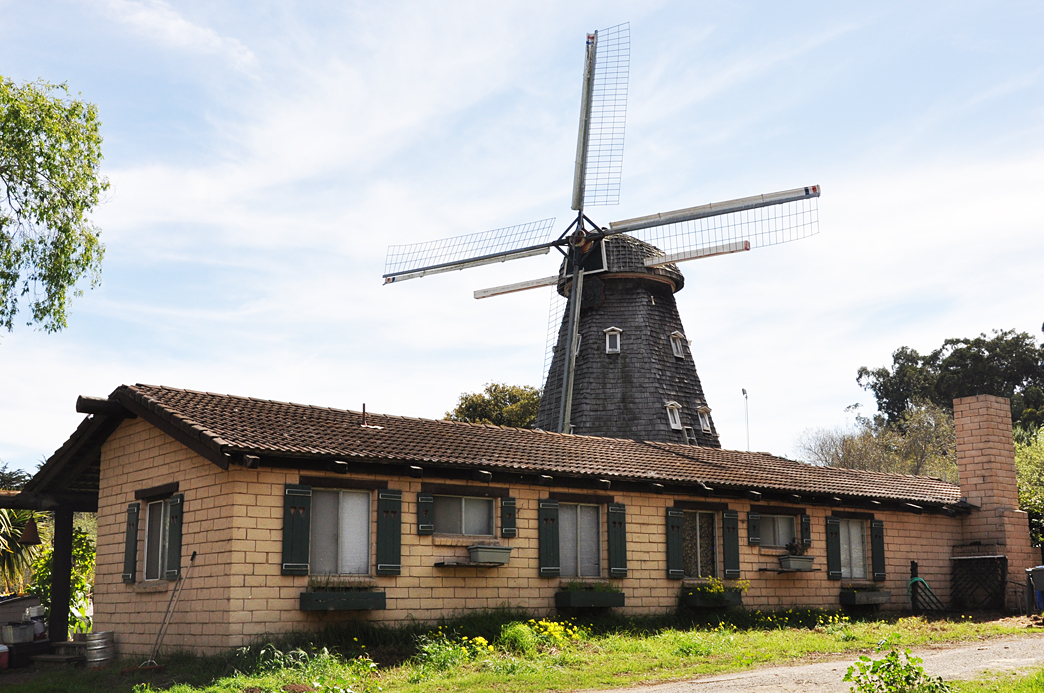 This Windmill House Was Built By John Lindemans I Don T Know When It But Believe Has Been Here Since At Least The 1970s