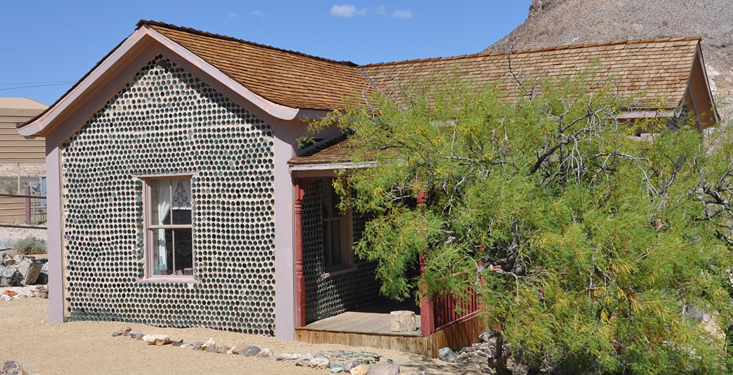 Tom Kelly S Bottle House Roadsidearchitecture Com